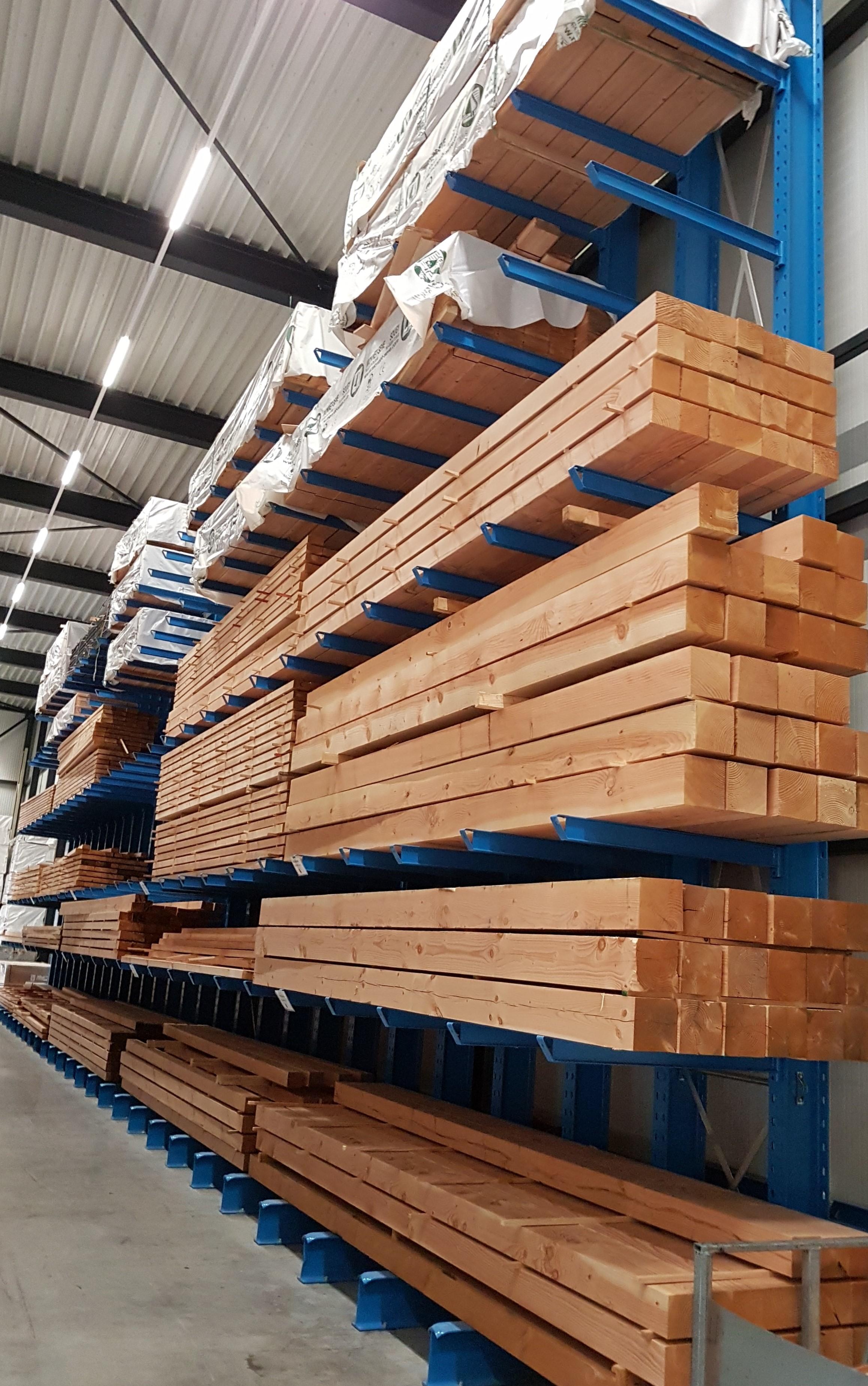 Zware 1. Enkelzijdige zware draagarmstelling te koop voor binnen voor opslag hout