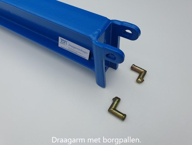 Detail 4. Draagarm met borgpallen RAL5015 STKB voor het inhaaksysteem van OHRA met verstelbaarheid per 100 mm