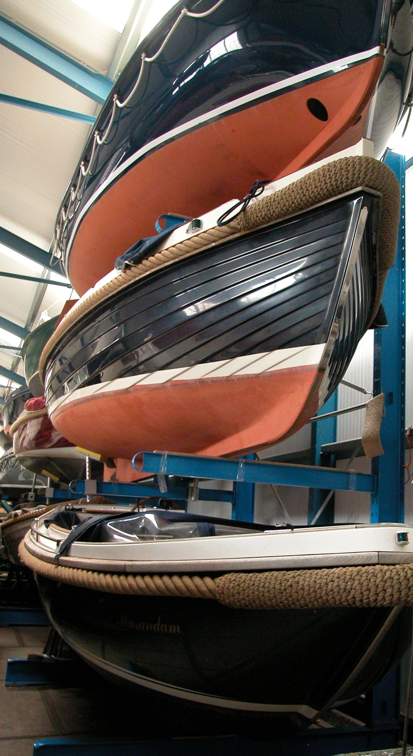 Onhandelbare 4. Stelling voor opslag boten kano's kajakken